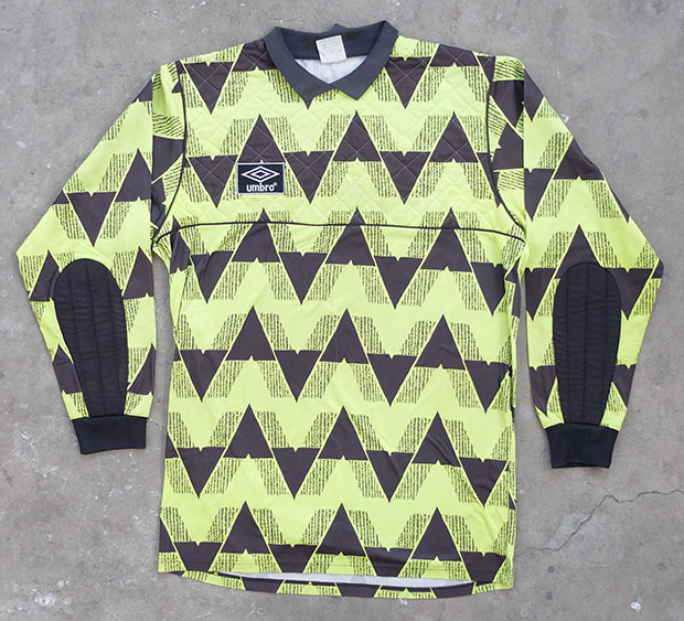 1990s Umbro Goal Keeper Shirt (01292)